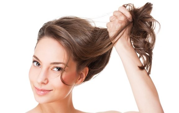 Traitement contre la chute de cheveux femme